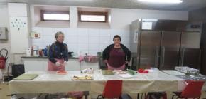 A la cuisine Yvette et Jacqueline